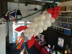 Spaceship balloon decoration