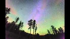 Photographer Wes Eisenhauer captured some incredible time-lapse footageof a meteor hitting the atmosphere and exploding over the night sky of Custer, South Dakotaon October 16, 2014. After the ex...