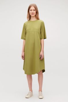 Model front image of Cos woven-panelled a-line jersey dress in yellow Wardrobe Sale, Small Wardrobe, Cos Outfit, Olive Green Dresses, Short Kimono, Cotton Dresses, New Dress, Women Wear, Short Sleeve Dresses