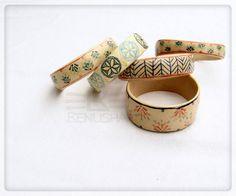 Ceramiczne bransoletki, ręcznie robione, ręcznie malowane.  Ceramic bracelet, hand made, hand painted.