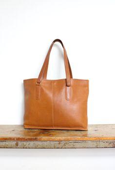 Vintage Coach Bag    Tote Bag British Tan NYC RARE    Cashin Satchel  Briefcase Laptop Bag 5f3f522a90