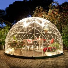 Garden Igloo Four Seasons Pavillon