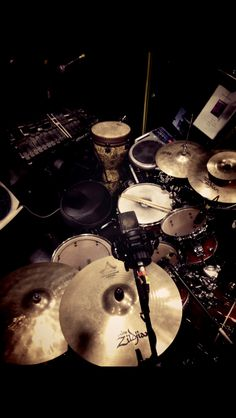 "Musical ""next to normal"" drum set"