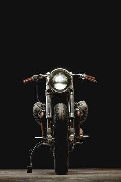 Moto Guzzi custom, front view