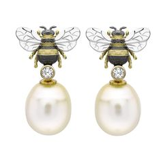 Theo Fennell yellow gold, diamond and pink freshwater pearl Bee Drop earrings