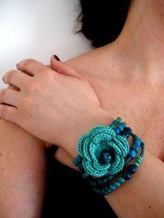 Big flower crochet bracelet by Bohemian Hooks, via Flickr