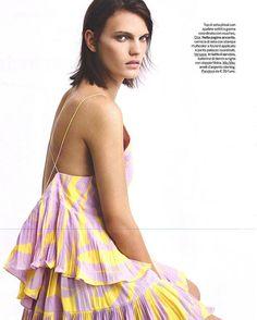 #AnjaVuleta  http://www.fashionmodel.it/it/donne/anja-v  on @gioiamagazine  photo by Ellis  #Top @dior  #Gioia #GioiaMagazine #Dior #Fashion #FashionModel #Model #Models #TheFashionModelManagement
