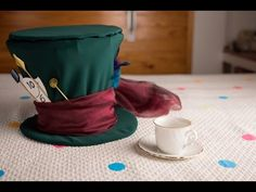 Der verrückte Hutmacher Kostüm selber machen | maskerix.de