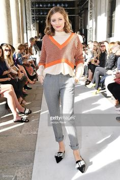 Olivia Palermo attends the Max Mara show during Milan Fashion Week Spring/Summer 2018 on September 21 2017 in Milan Italy Estilo Olivia Palermo, Olivia Palermo Outfit, Olivia Palermo Lookbook, Olivia Palermo Style, Fashion Week 2018, Milano Fashion Week, Milan Fashion, Work Fashion, Daily Fashion