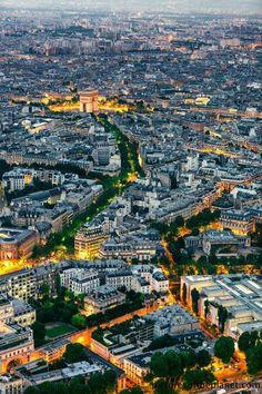 游巴黎必做11件事 圣诞季又该特别看哪些?
