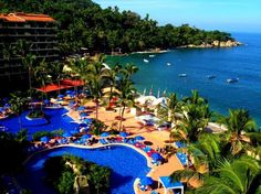 Barcelo hotel in puerto vallarta Jalisco, all inclusive, beautiful place, so worth ir