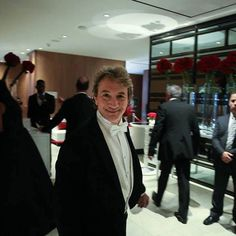 """Martin Short, proud Canadian and host of #AMBIGala, was brilliant all night during his send off to #TIFF15. He left us holding our bellies after signalling his farewell and asking us to """"Please don't drink and drive."""" He added, """"But if you have to - take Davenport."""" Talk about localization! http://www.ambigala.com +http://www.aicstudios.ca #toronto #thesix #the6 #Canada #Ontario #TIFF #KingSt #FourSeasons"""