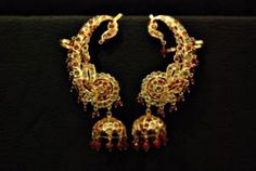 Timeless jewelries to look forward to this wedding season Art Deco Tattoo, Royal Jewels, Crown Jewels, Gold Earrings Designs, Jewelry Boards, Selling Jewelry, Hyderabad, State Art, Designer Earrings