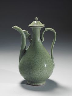 Covered ewer with incised floral design Longquan ware, Ming Dynasty, National Palace Museum.