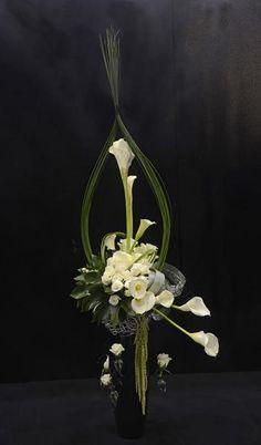 1st place, Kusum Mehrotra, Mt Roskill/Papatoetoe Floral Art Club