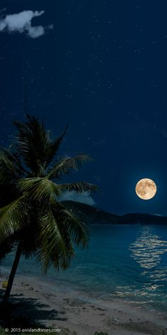 Super moon over Johnson Reef, St John, USVI