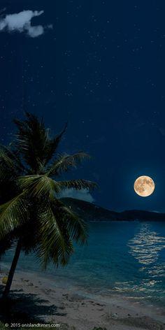 Super moon over Johnson Reef, St John, USVI