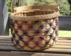 Hand Woven Rolled Border Zig-Zag Basket