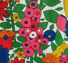 Fab Vintage Mod Floral Fabric Primary Colors by TCGHVintage