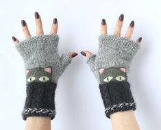 Excited to share this item from my shop: Gray Fingerless Gloves, Hand knitted mittens, Ladies wool gloves, Mittens with Cat Wool Gloves, Knitted Gloves, Fingerless Mittens, Plus Jamais, Secret Santa, Hand Warmers, Merino Wool, Hand Knitting