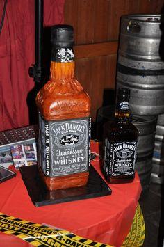 Jack Daniel's Whiskey Cake--birthday presents for meeee