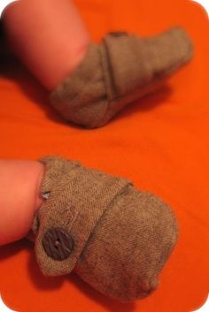 cute baby boy shoes - meant to make these for ezra... maybe isaac?