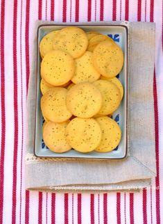 Crackers con farina di riso e zafferano