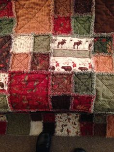 Rag quilt with Trails End fabric