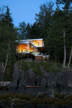 exterior Forest Residence Gambier Island House Dramatically Integrated In A Rocky Landscape