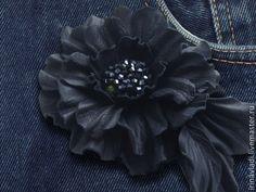 Купить Цветы из кожи. Брошь заколка DENIM JEANS. - натуральная кожа, цветы из кожи