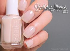 Essie Ballet Slippers -this weeks color. Soft and feminine Soft Nails, Fancy Nails, Pretty Nails, Essie Ballet Slippers, Nails Now, London Nails, Chic Nails, Essie Nail Polish, Beauty Tips For Skin