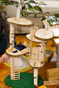treehouse2_annharquail_treecrafts_arborday_national_redtricycle