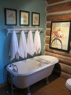 Cottage Log Home bath