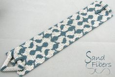 Annes Brocade is eligible for Sand Fibers 3-for- 2 Pattern Program. Purchase any two Sand Fibers patterns and receive a third, of equal or lesser value, for free. Just specify your free pattern in the Notes to Seller during checkout. _____________________ The pattern in this listing is