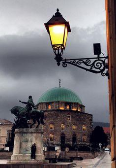 Pécs, Széchenyi tér Fotó: Svastits Krisztián http://www.facebook.com/photo.php?fbid=10200375585849168=o.10150143608510503=1