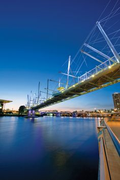 Kurilpa Bridge, Brisbane, Australia