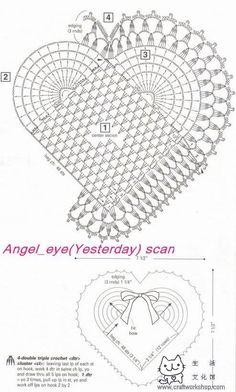 Crochet y dos agujas: Corazón con detalle de flores y libélulas