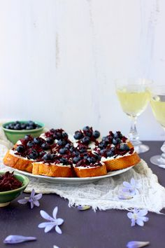 Blueberry Chevre Crostini with Champagne Vinegar Hibiscus Flowers - CaliZona