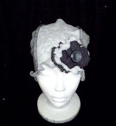 Féminin et unique!  chapeau souple, chimio, bonnet cancer, couvre tête, tout usage, perte de cheveux, béret alopécie, fait à la main. by BleuKaktusHats on Etsy