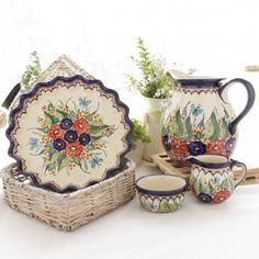 Polish pottery is world renowned for its distinctive cobalt blue design and high durability, making it a must have for your kitchen. Every product is unique, being individually handcrafted to reflect a combination of the strength and beauty so characteristic of Polish folk art. Create your very own collection by choosing from the extensive variety of patterns and colours available.