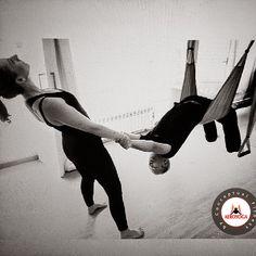 YOGA AEREO ANDALUCIA, www.yogaaereosevilla.com #aeroyoga #aeropilates #sevilla #granada #almeria #yogaaereo #pilatesaereo #malagfa #marbella #cadiz #cordoba #bienestar #wellness #ejercicio #belleza #salud
