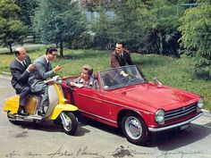 """the Innocenti Spider was produced by the same factory that made the Lambretta and the Mini(here an advert with the group """"Quartetto Cetra"""")"""