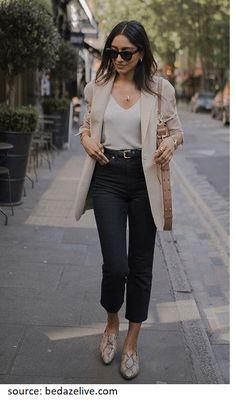 Hannah Desai wearing a beige blazer, a white cami top, black crop jeans, snake print mules, black sunglasses and a … Beige Blazer Outfit, Cami Top Outfit, Look Blazer, Neutral Outfit, Blazer Outfits, Neutral Style, Casual Blazer, Blazer Fashion, Check Blazer