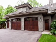 Essential Design Concepts for Carriage Style Garage Doors Garage Entry Door, Carriage Garage Doors, Front Entry, Entry Doors, Carriage House, Door Design, House Design, Custom Garages, Garage Remodel