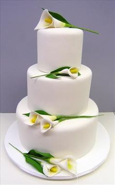 New Wedding Cakes Simple Classy Calla Lilies Ideas Beautiful Wedding Cakes, Gorgeous Cakes, Pretty Cakes, Amazing Cakes, Unique Cakes, Elegant Cakes, Creative Cakes, Love Cake Topper, Cake Toppers