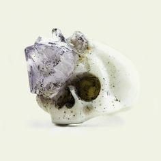 Amethyst growth skull ring  $̶1̶9̶0̶  -20% off
