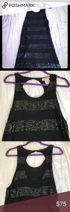 LaRok Black Sequins Sparkle Dress Black short LaRok dress with black sequins. 70% Cotton 30% Cashmere LaRok Dresses Midi