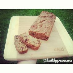 Super duper easy peasy banana bread !! I came up with delish banana bread recipe this arvo and it was a huge hit with the hubby and munchkin...I will post the recipe in the comments below <3 #fitfood #fitfam #veganfood #vegan #veganfoodshare #glutenfree #healthyfoodshare #bananabread #plantbased #protein #cleaneating #cleanvegan #nourish #nutritional #healthspo #fitspiration #instafood #instafit #instahealth #nutrition #eatclean #veganlife #healthylife #veganeats #Padgram