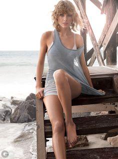 Taylor Swift's Beachside Photoshoot | GQ