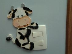 Apagador Foam Crafts, Diy And Crafts, Paper Crafts, Cow Ornaments, Cow Kitchen, Cow Decor, Disney Animator Doll, Cow Art, Country Paintings